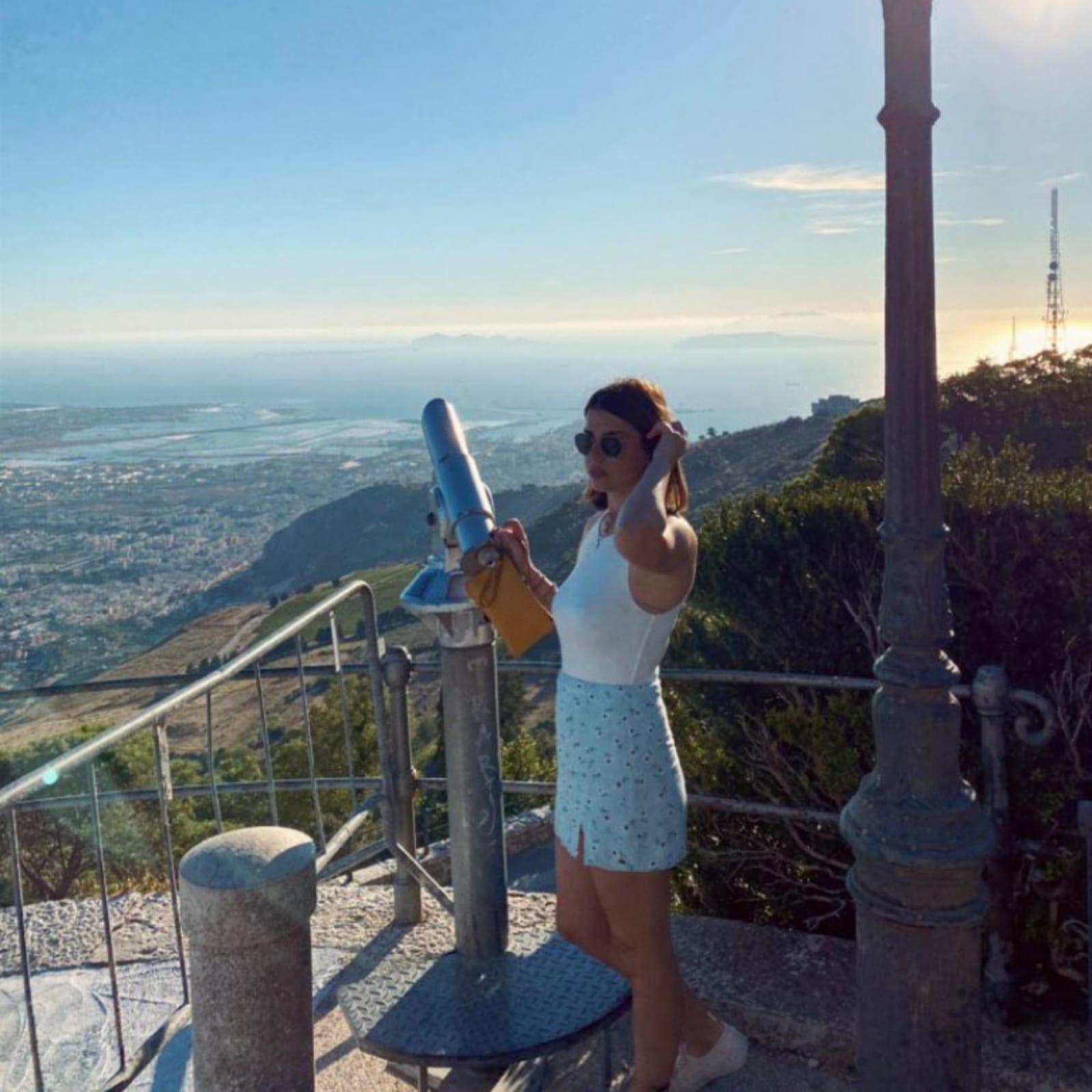 https://cityxcape.it/wp-content/uploads/2021/02/Andrea-Romano-Travel-Blogger-cityxcape-1.jpeg